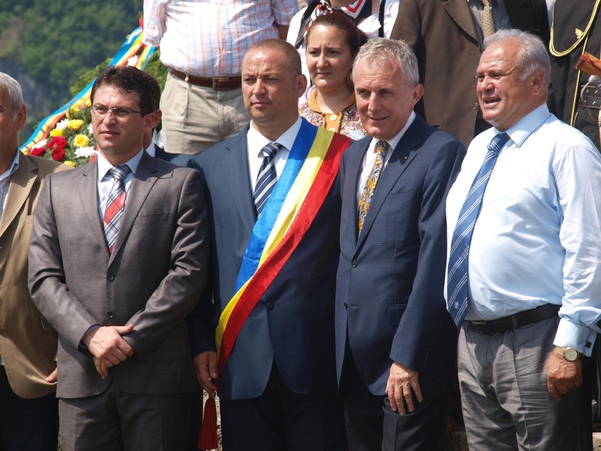 Gorjul, liderul pe ţară la primariincompatibili
