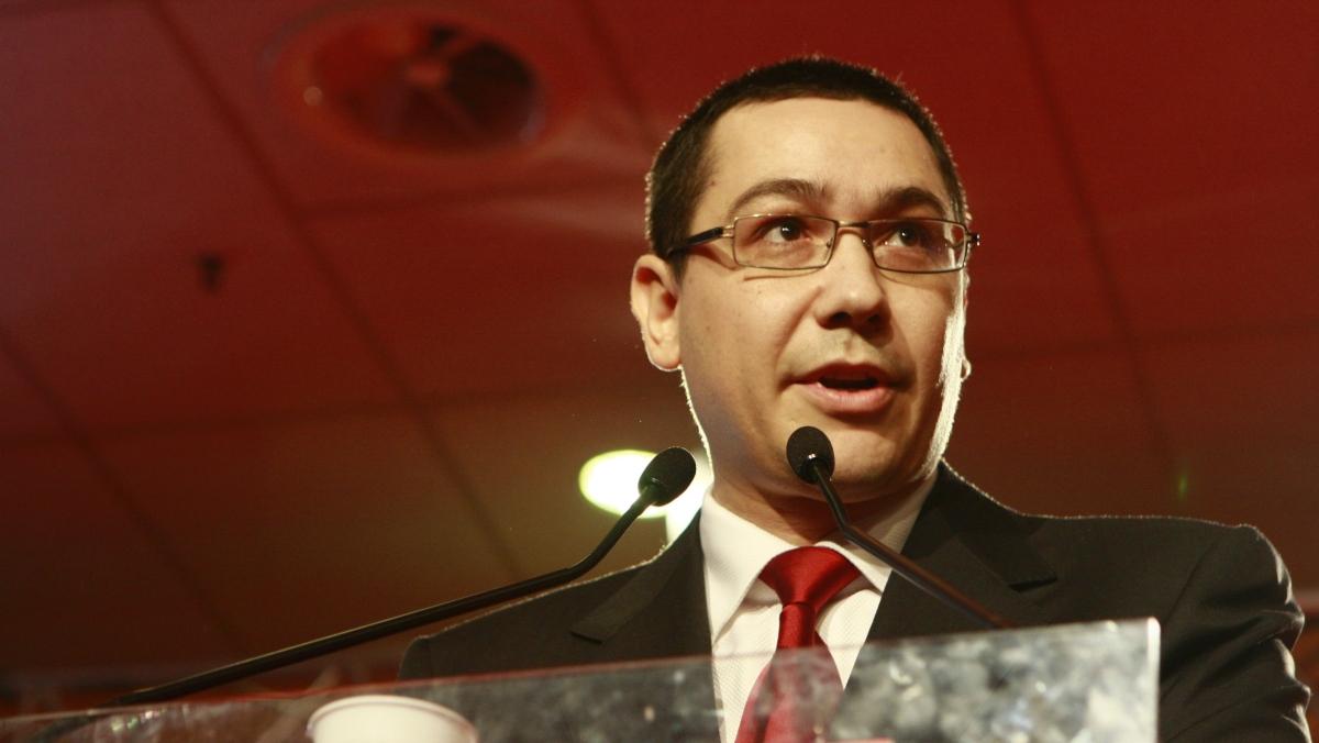 Victor Ponta huiduit pentru prima dată laTârgu-Jiu