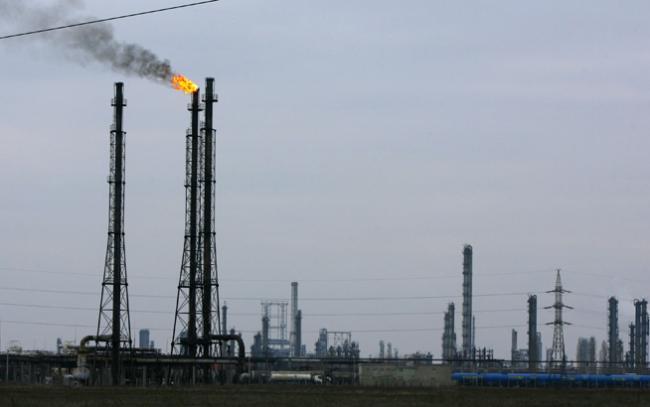 Preţul gazelor naturale creşte de trei ori în2014