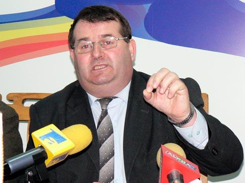 Ilie Petrescu pregătit de CEO să falimenteze UEFMotru