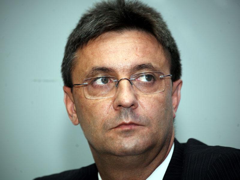 Daniel Burlan, fostul boss SNLO, arestat într-un dosar privind masa caldă aminerilor