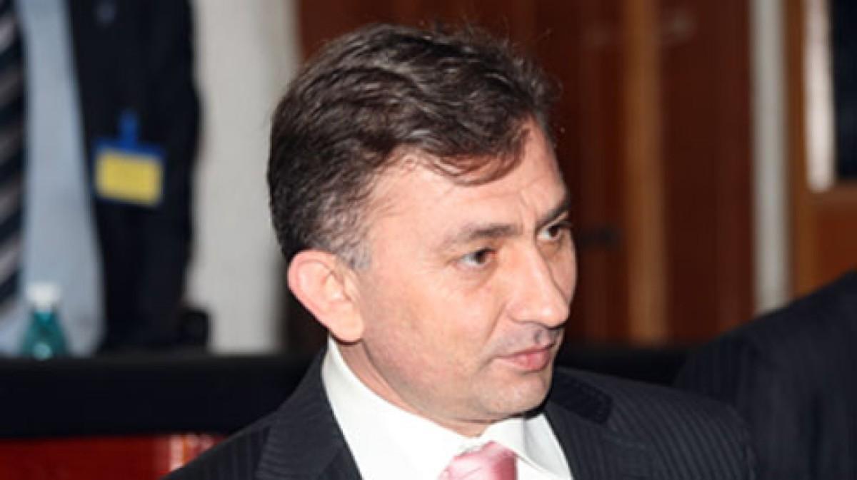 PNL Gorj, un fost lider PSD încearcă să pună mâna pepartid