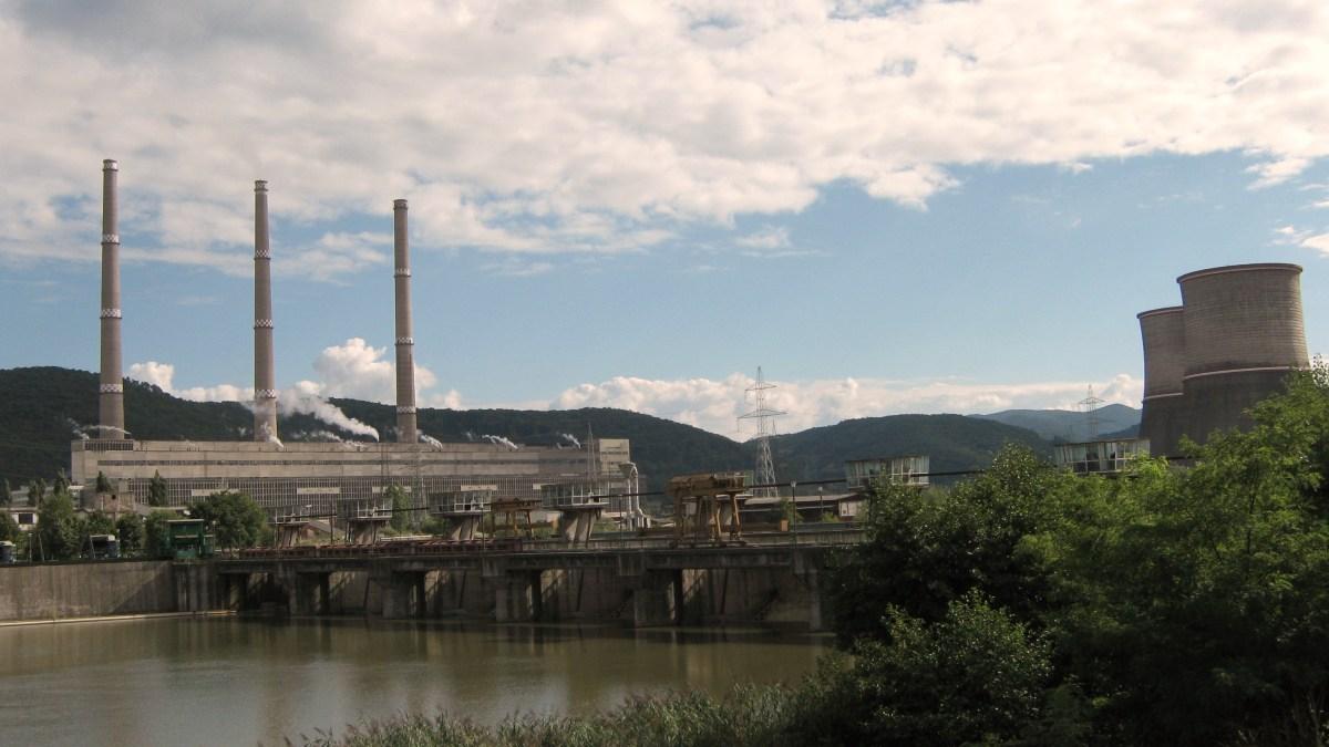 Ultima șansă pentru Complexul Energetic Hunedoara, un împrumut guvernamental șiinsolvența